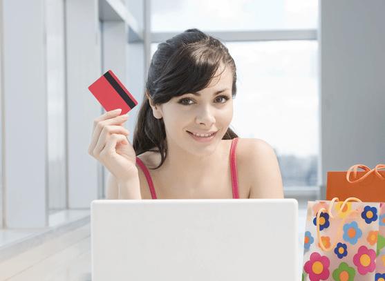 dame med kredittkort
